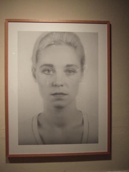 Thomas Ruff - Anderes Portrat 4A (1994-95)