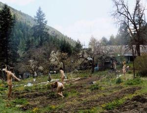 Naked Gardening 03