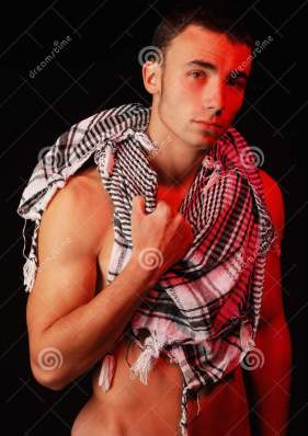fit-man-keffiyeh-15477464