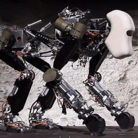 robot_ape-1372051911138-1372079773344