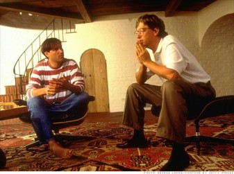 Steve Jobs sitting with Bill Gates discussing the future of computing in 1991