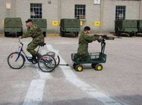 1380938338468-humor_military_bike_gun
