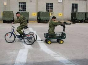 1380938338468-humor_military_bike_gun