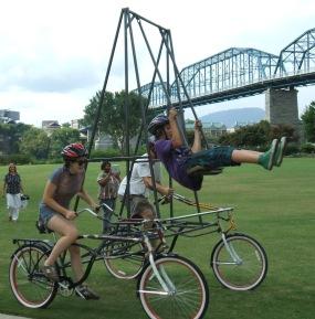 swing-bike-in-action